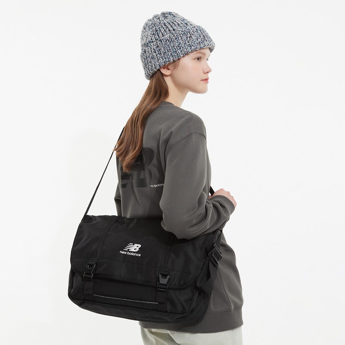 2PIK Plus Messenger bag